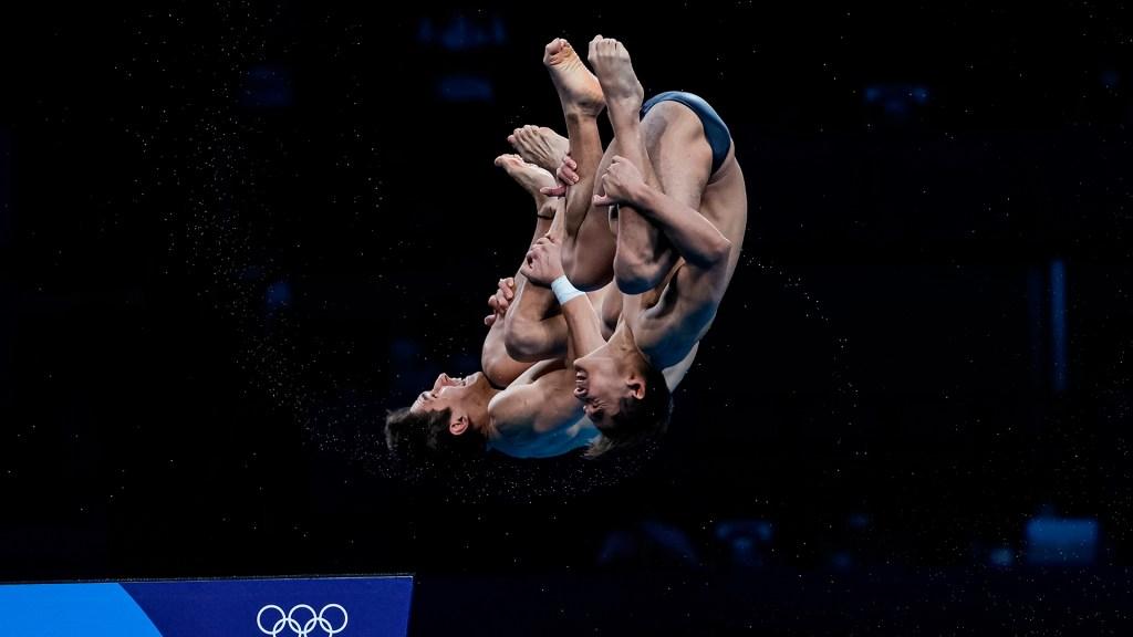Mexicanos finalizan en cuarto lugar en clavados sincronizados - Kevin Berlín y Diego Balleza en Juegos Olímpicos de Tokio