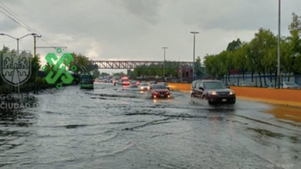 Fuertes lluvias afectan zona norte de la Ciudad de México - Fuertes lluvias afectan zona norte de la Ciudad de México. Foto de Ovial
