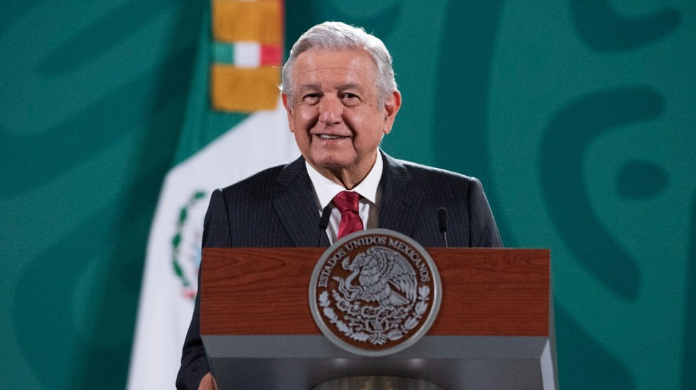 López Obrador ha mentido más de 56 mil veces en conferencias, según informe - López Obrador en conferencia matutina. Foto de Gobierno de México
