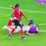 #Video 'Chucky' Lozano sufre brutal golpe en el México vs Trinidad y Tobago