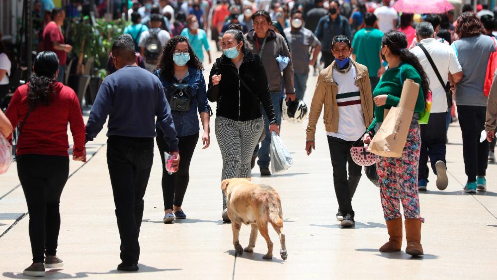 En 2020, un salto de 45 por ciento en muertes respecto a 2019 en México: Inegi - México covid coronavirus CDMX semáforo