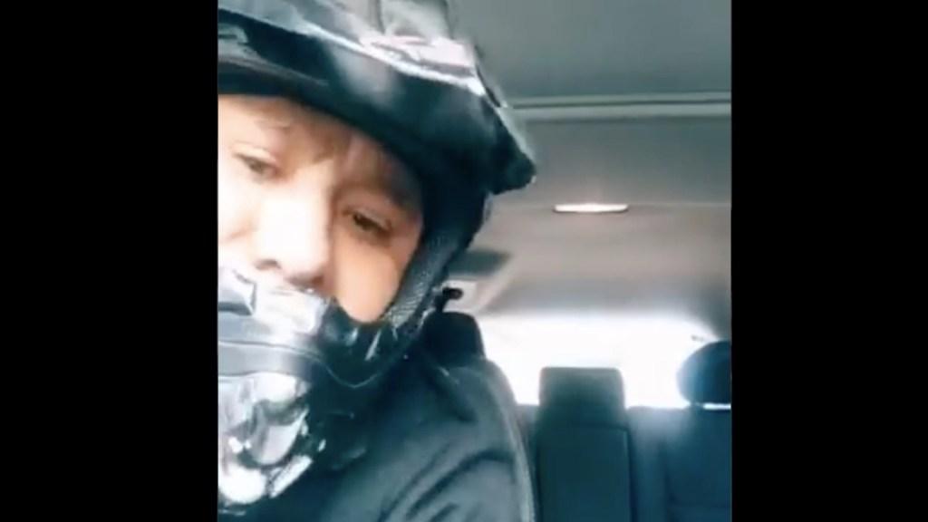 #Video Sujeto roba vehículo y se molesta porque víctima tarda en sacar a su hijo - . #Video Sujeto roba vehículo y se molesta porque víctima tarda en sacar a su hijo. Foto tomada de video
