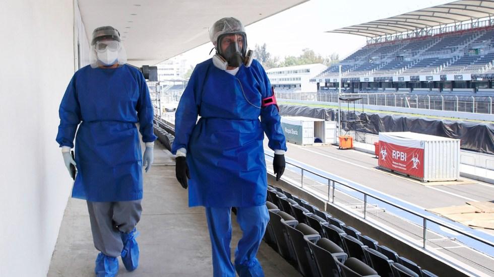 Autódromo Hermanos Rodríguez seguirá como hospital COVID-19 hasta agosto - Trabajadores sanitarios de atención COVID-19 en Autódromo Hermanos Rodríguez. Foto de IMSS