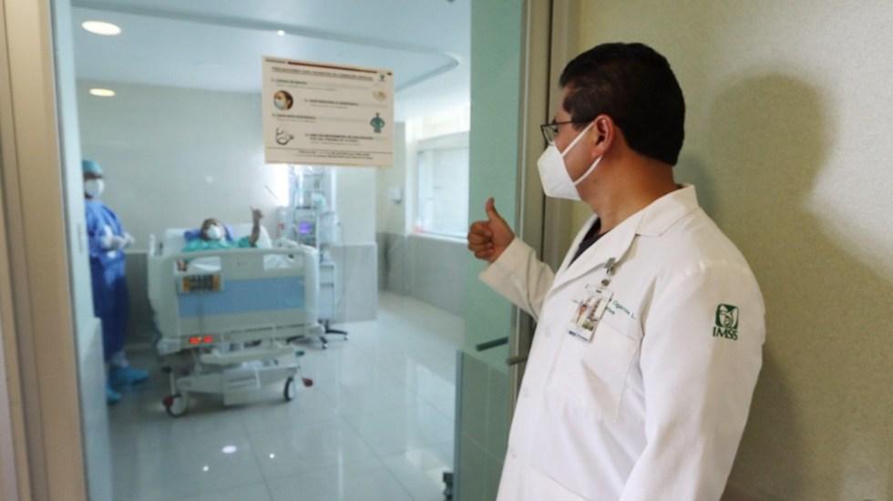 Trasplantan corazón a paciente que padeció 12 años insuficiencia cardiaca - Trasplante de corazón. Foto de IMSS