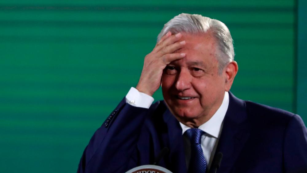 """""""Estoy satisfecho con lo que hemos logrado"""": AMLO previo a Tercer Informe - AMLO López Obrador Tercer Informe presupuesto"""