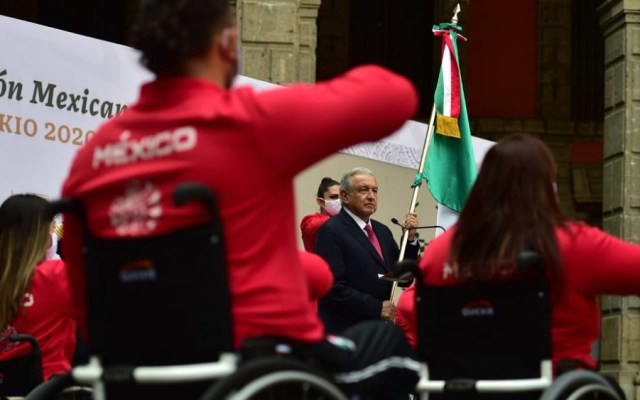 """López Obrador promete """"medalla"""" para cuartos lugares en Tokio 2020 - AMLO López Obrador abdaeramiento paralímpicos Tokio 2020"""