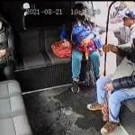 #Video Delincuente hiere de bala a chofer en Naucalpan en intento de asalto