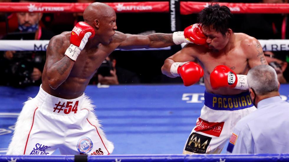 #Fotos Yordenis Ugás vence a Manny Pacquiao en Las Vegas - Yordenis Ugas y Manny Pacquiao