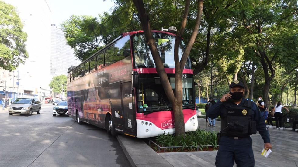 #Video Capital Bus choca contra árbol de la Alameda Central - Choque de Capital Bus contra árbol sobre la Alameda Central