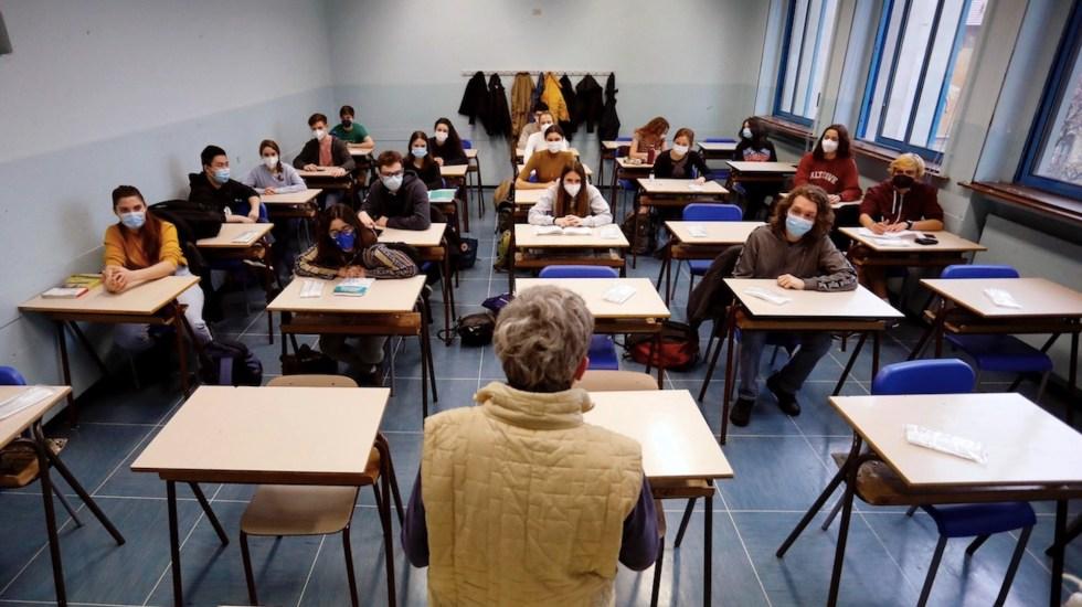 California exigirá a maestros que se vacunen o se hagan pruebas semanales - Profesores en Italia podrían ser sancionados por no estar vacunados. Foto de EFE