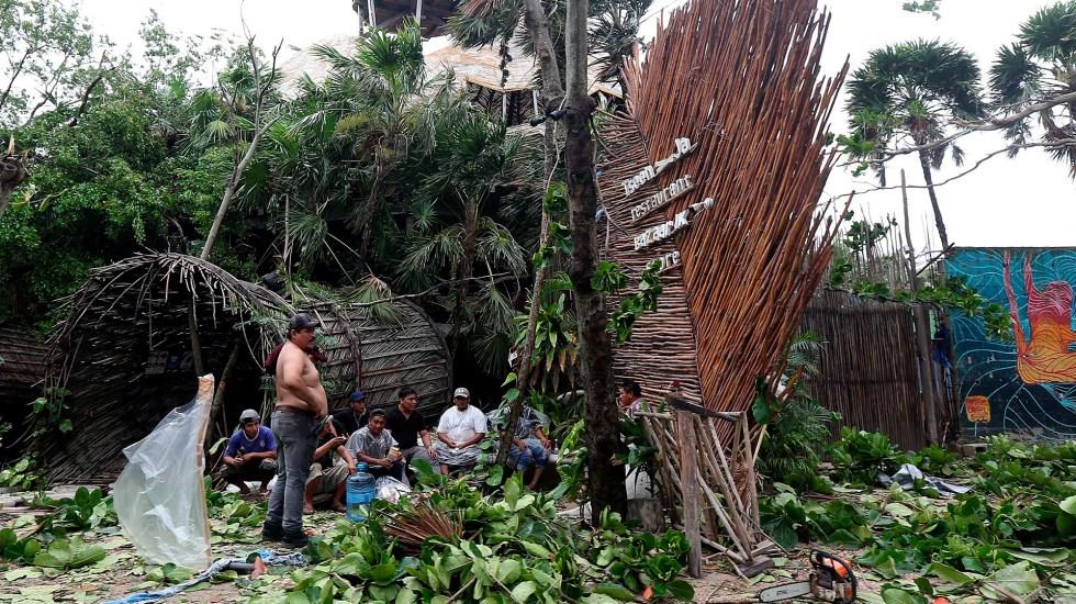 'Grace' se convierte otra vez en huracán; impactará en Veracruz - Daños de 'Grace' a su paso por la zona hotelera de Tulum