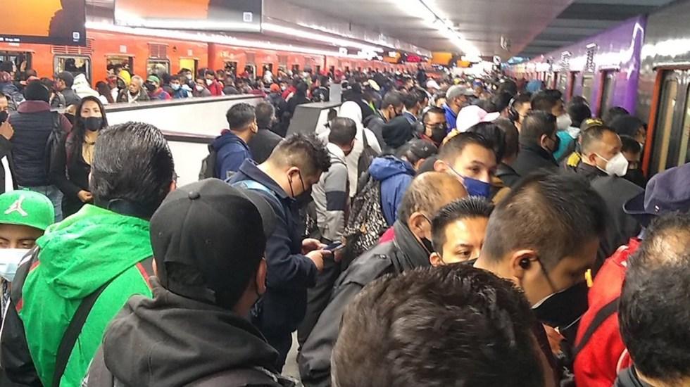 #Video Caos en Línea 9 del Metro por suspensión del servicio - Estación Pantitlán de la Línea 9 del Metro