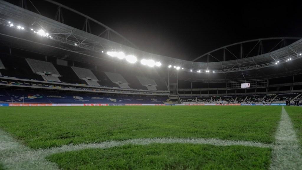 Estadios de futbol de Brasil abrirán para vacunados contra COVID-19 - Estadios de futbol abrirán en Brasil para vacunados contra COVID-19. Foto de EFE