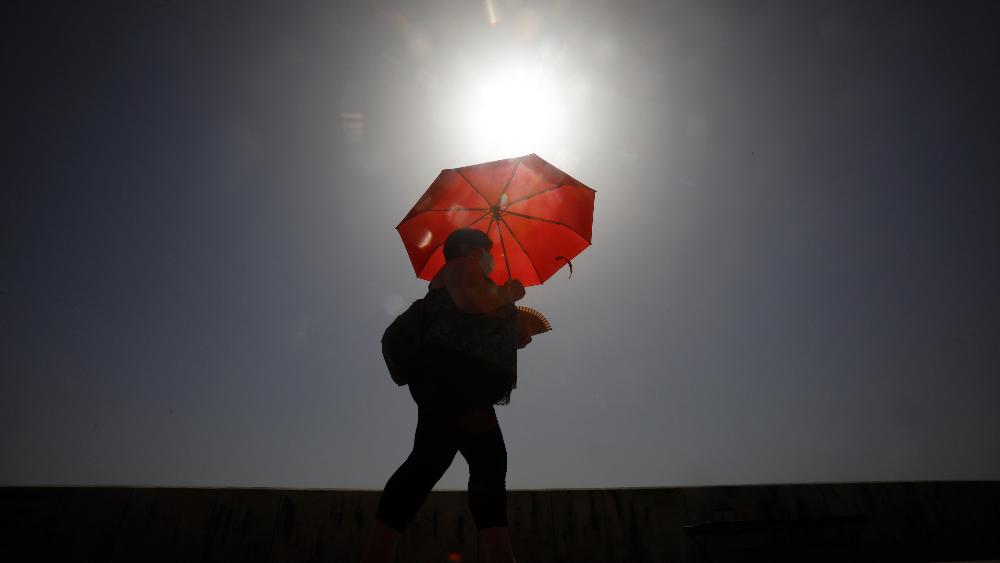 Temperatura del planeta podría subir 2.7 grados este siglo, alerta ONU - Europa calor