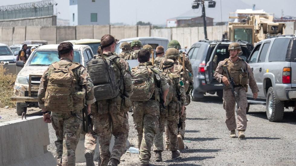 Boris Johnson pedirá a Biden aplazar retirada de Afganistán - Fuerzas británicas en Kabul