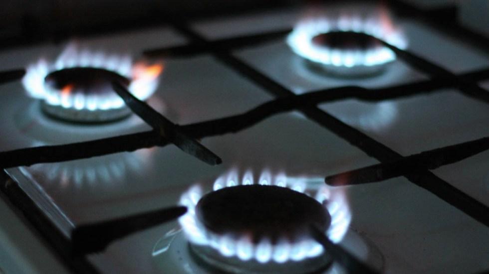 """Regulación a precios del gas LP tendrá """"efectos irreversibles"""" en la economía, advierte Coparmex - Suministro de gas LP está normalizado en la Ciudad de México. Foto de Mykola Makhlai para Unsplash"""