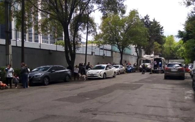 #Video Incendio consume parte de edificio en Miguel Hidalgo; desalojan a 300 personas - #Video Incendio consume parte de edificio en Miguel Hidalgo; desalojan a 300 personas. Foto de SIGRPC