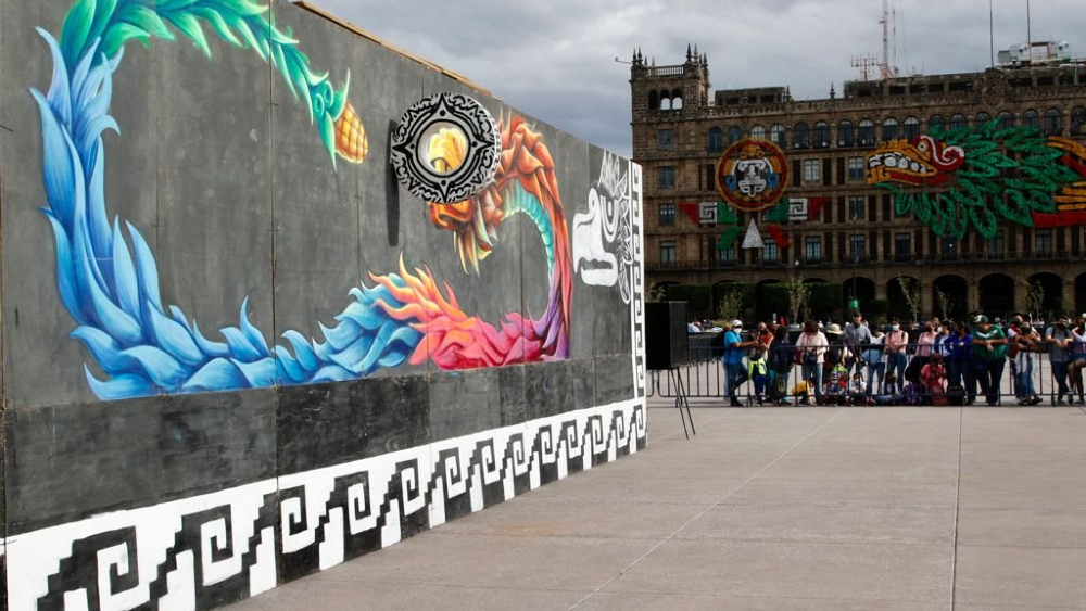 Zócalo de Ciudad de México se convierte en una pista del juego de pelota - Juego de pelota Zócalo CDMX