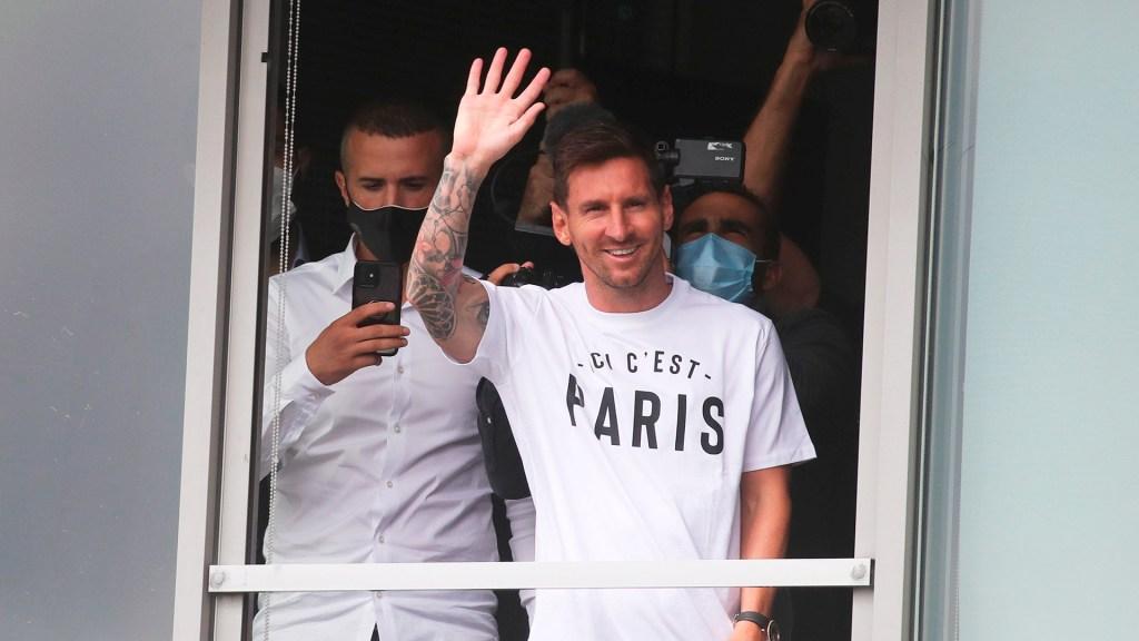 Messi llega al París Saint-Germain - Messi a su llegada a París, Francia