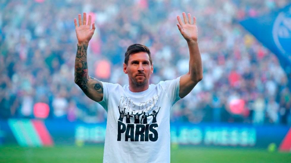 #Video El Parque de los Príncipes enloquece con Messi - Messi PSG Parque de los Príncipes