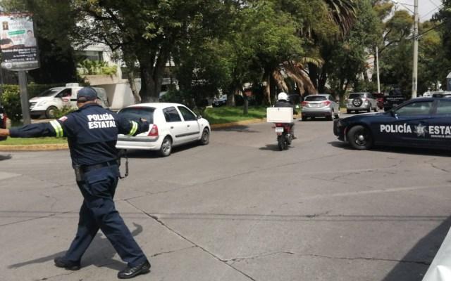 Desplegan operativo en Naucalpan tras presuntos retenes ilegales; serían de la Policía Municipal - Operativo retenes Naucalpan Policía estatal