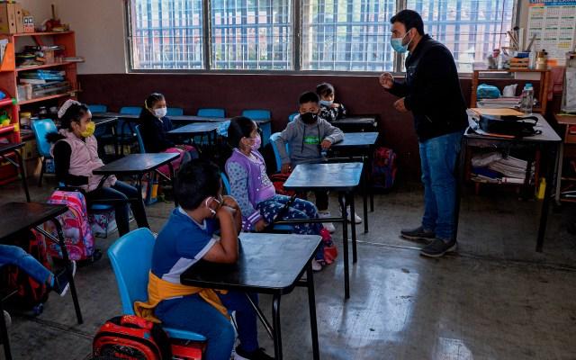 Banco Mundial llama a México a equilibrar gasto en salud y educación - clases