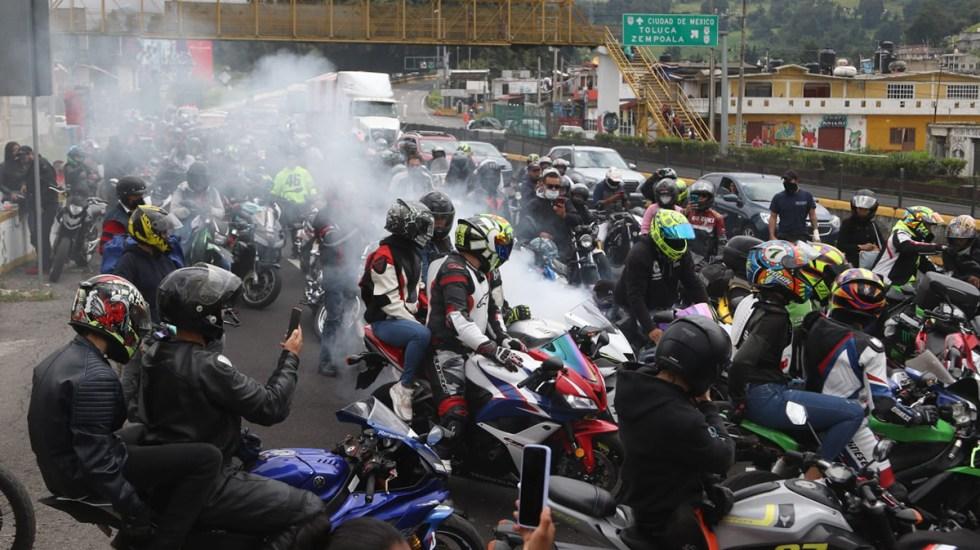 #Video Rodada en la México-Cuernavaca rinde homenaje a motociclistas muertos - Rodada biker en Tres Marías