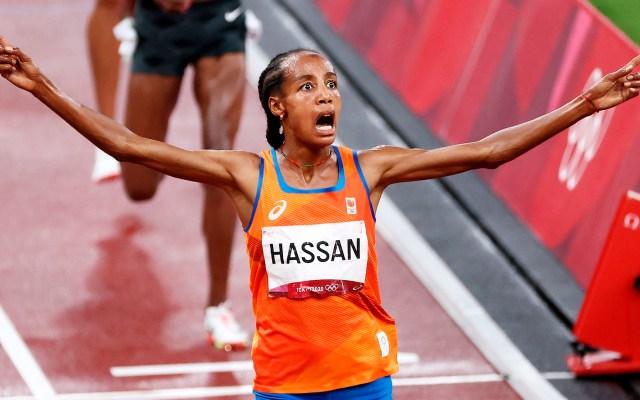Hassan remonta tras caída y conquista los 5 mil metros - Sorpresa y emoción de Sifan Hassan tras ganar la medalla de oro en los 5 mil metros