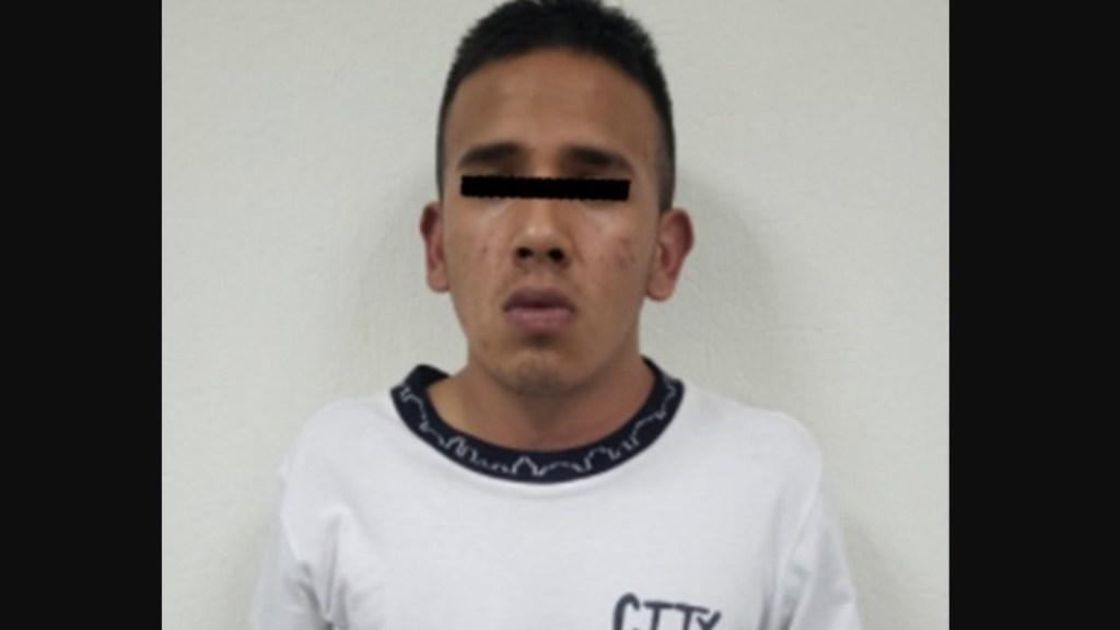Detienen a sujeto implicado en asalto contra transporte público en Naucalpan - Detienen a sujeto que disparó contra chofer de transporte público en Naucalpan. Foto de Fiscalía Edomex