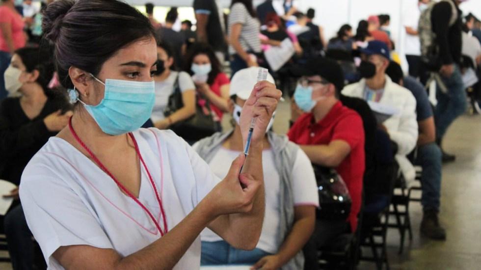 CDMX: Anuncian primeras dosis a jóvenes de 18 a 29 años en 4 alcaldías - Vacunación contra COVID-19 en Iztacalco segundas dosis