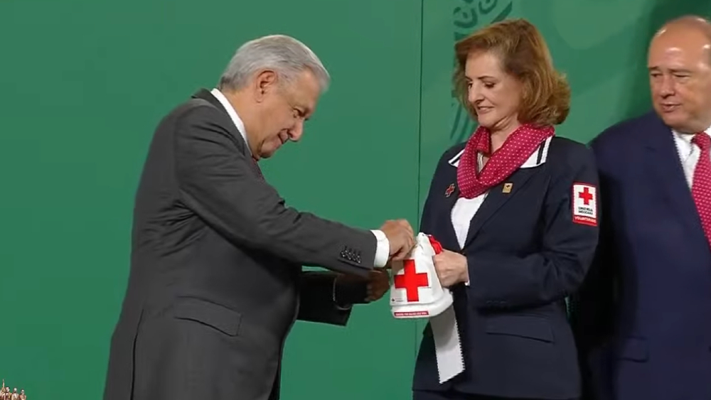 López Obrador da inicio a Colecta Nacional 2021 de la Cruz Roja - AMLO López Obrador Cruz Roja
