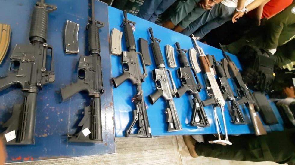 Cártel Jalisco Nueva Generación utiliza Facebook para reclutar sicarios: WSJ - Armas largas decomisadas a presuntos miembros del CJNG en Veracruz