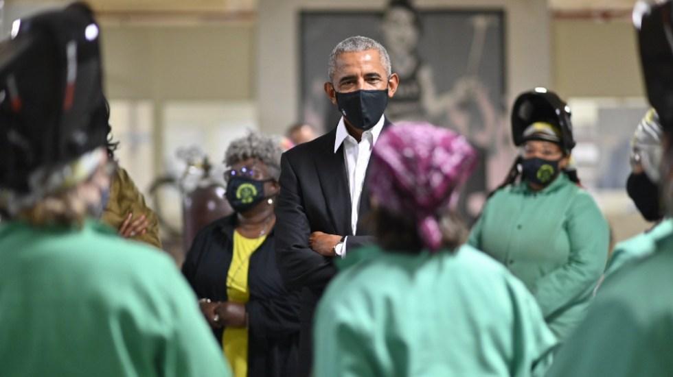 Obama pone primera piedra de su centro y alerta por fracaso de instituciones - Barack Obama