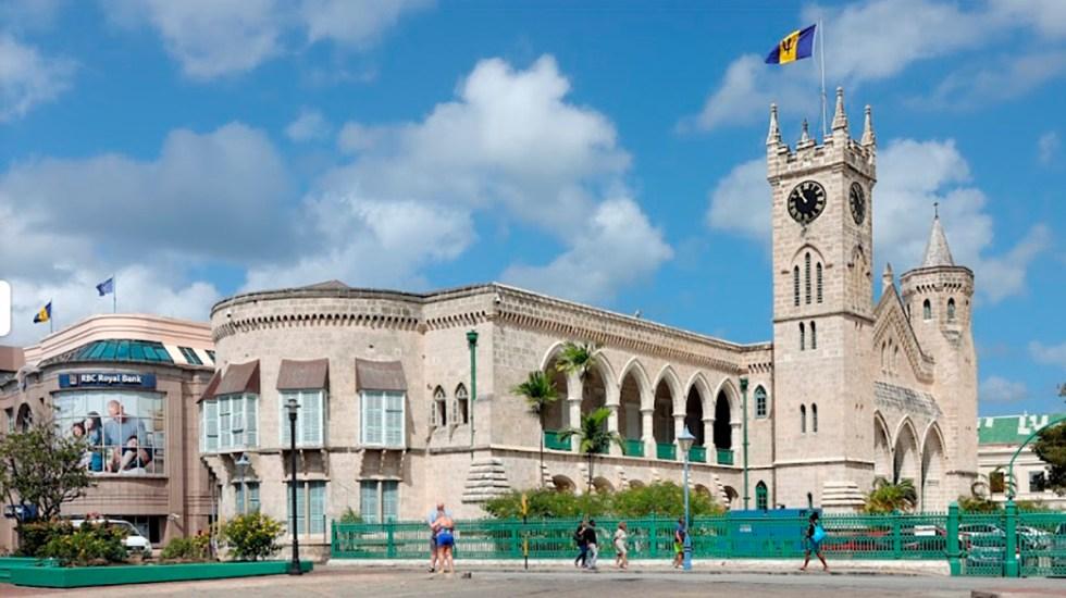 Parlamento de Barbados aprueba ruptura con la Corona británica - Barbados