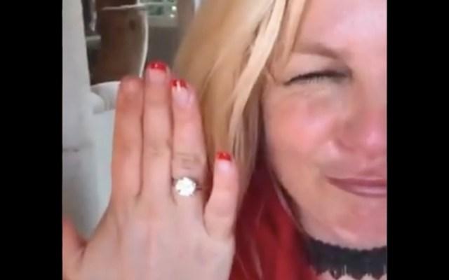Britney Spears anuncia su compromiso con Sam Asghari - Britney Spears anuncia su compromiso con Sam Asghari. Foto tomada de video