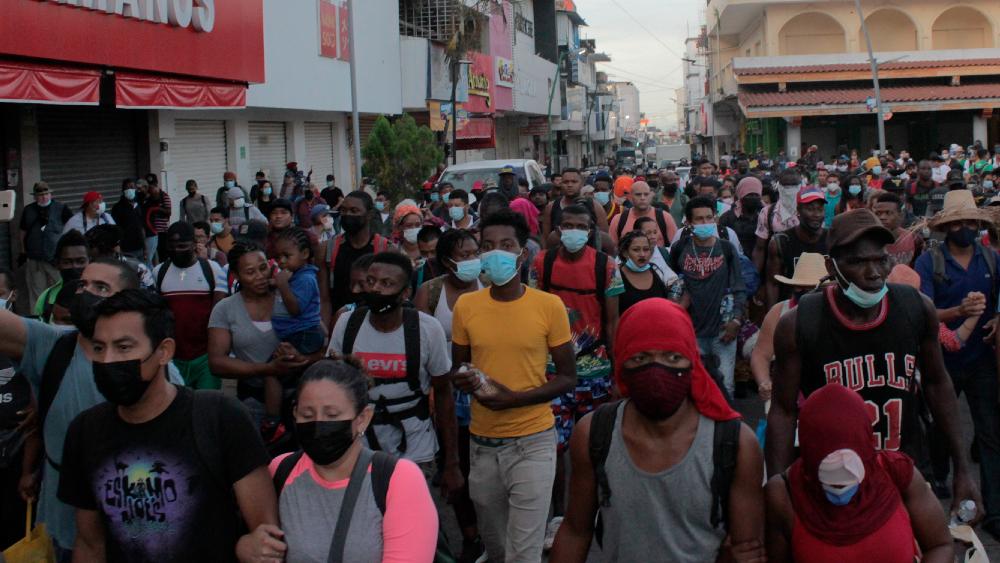 Una cuarta caravana migrante parte desde Tapachula, Chiapas - Cuarta caravana migrantes Chiapas