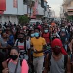 Cuestiona Eunice Rendón trato a migrantes en la frontera sur de México - Cuarta caravana migrantes Chiapas