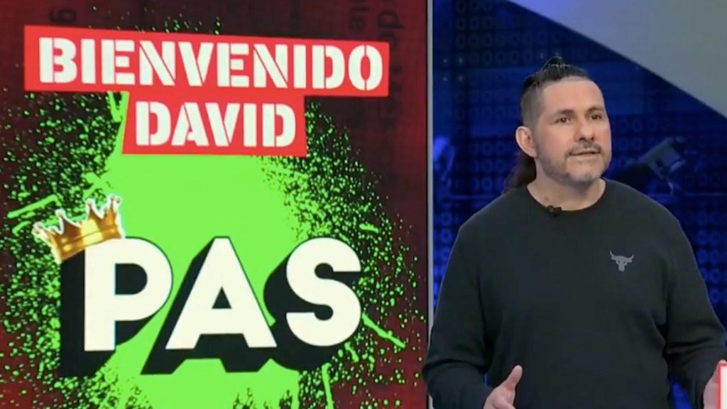 #Video David Páramo regresa a noticiero con Ciro Gómez Leyva tras accidente vascular - #Video David Páramo regresa a sección en noticiero nocturno tras accidente vascular. Foto tomada de video