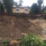 Realizarán estudio de suelo tras deslave en Lomas de Santa Fe