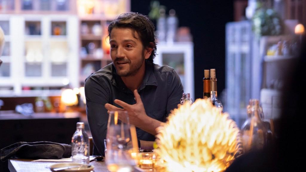 Diego Luna regresa a la mesa de Pan y Circo con 4 programas especiales - Diego Luna