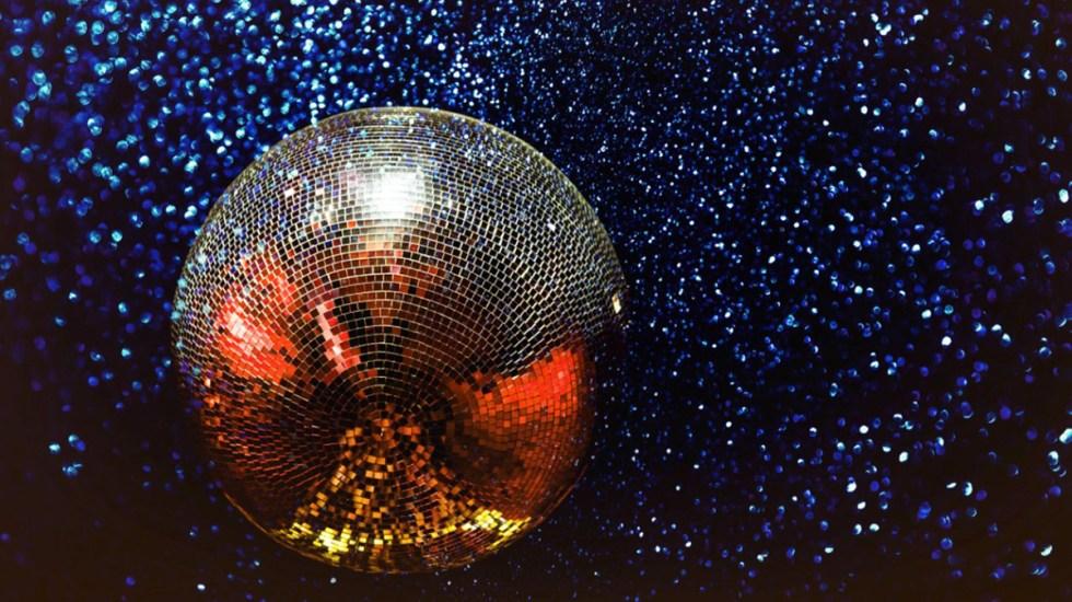 Inglaterra descarta pedir prueba de vacunación para entrar a discotecas - Discotecas antro