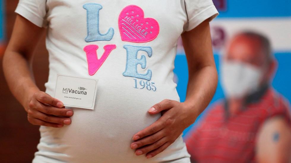 Embarazo adolescente sigue al alza en Latinoamérica; México es primer lugar - Imagen de archivo de una mujer embarazada. Foto de EFE