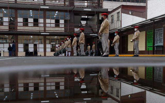 Solo 39 de 135 mil escuelas han cerrado tras 88 contagios de COVID-19: SEP - Escuelas clases México estudiantes