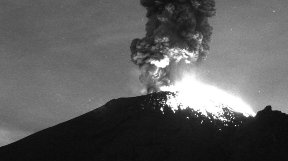 #Video Popocatépetl registra tres explosiones que elevaron columnas de vapor - Explosión del volcán Popocatépetl