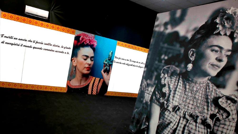 Frida Kahlo exposición Napoles