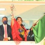 #Video Alcaldesa de Iztapalapa da 'Grito' de más de dos minutos y medio; lanza arengas a AMLO y Sheinbaum