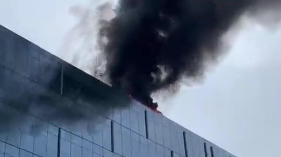 #Video Incendio cerca del Capitolio moviliza a bomberos - Incendio en edificio cerca del Capitolio