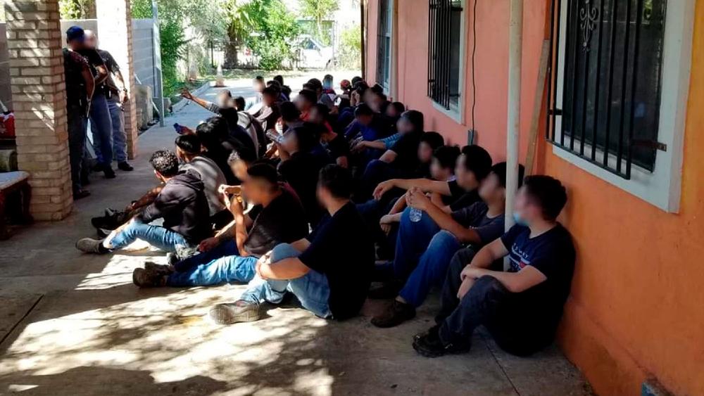 Patrulla Fronteriza de EE.UU. detiene a casi 100 indocumentados - Indocumentados detenidos EEUU Laredo Texas