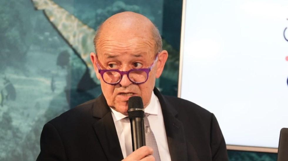 Francia llama a consultas a sus embajadores en EE.UU. y Australia - Jean-Yves Le Drian Francia embajadores