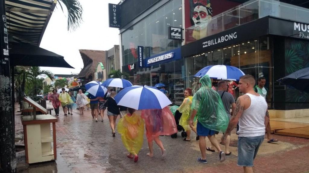 Fuertes lluvias afectarán al menos 14 entidades del país - Fuertes lluvias afectarán al menos 14 entidades del país. Foto de EFE